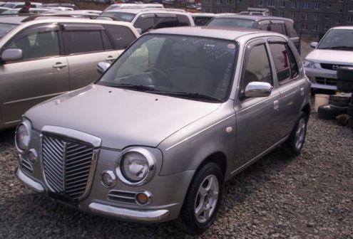 Nissan March 2000 - отзыв владельца