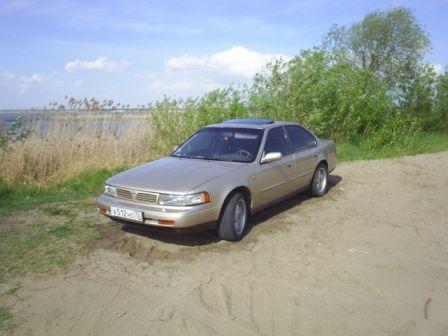 Nissan Maxima 1993 - отзыв владельца