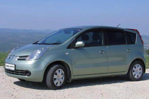 Nissan Note 2005 - отзыв владельца