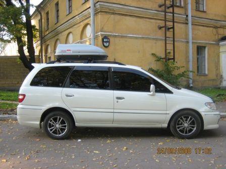 Nissan Presage 2001 - отзыв владельца