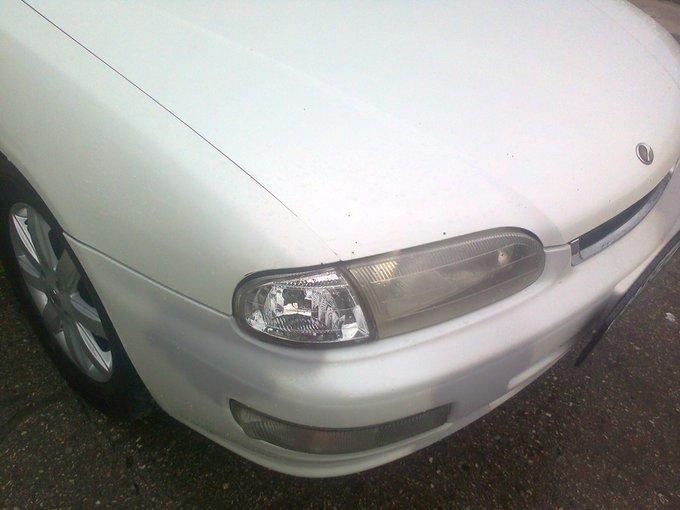 Nissan Presea.