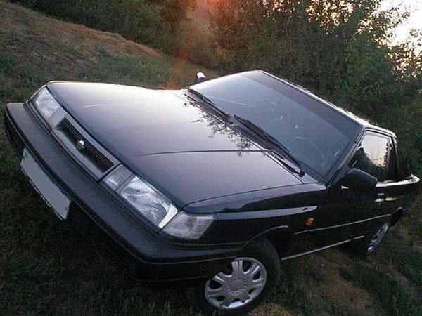 nissan sunny ii coupe (b12) передний бампер