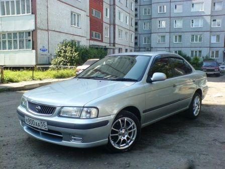 Nissan Sunny 1999 - отзыв владельца