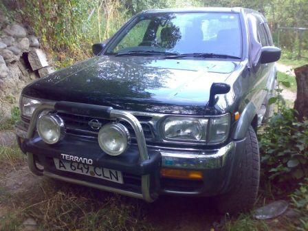 Nissan Terrano 1996 - отзыв владельца