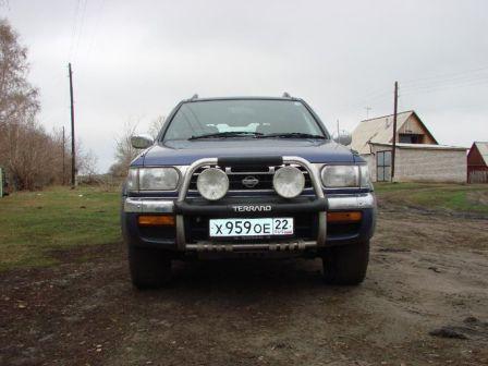 Nissan Terrano 1997 - отзыв владельца