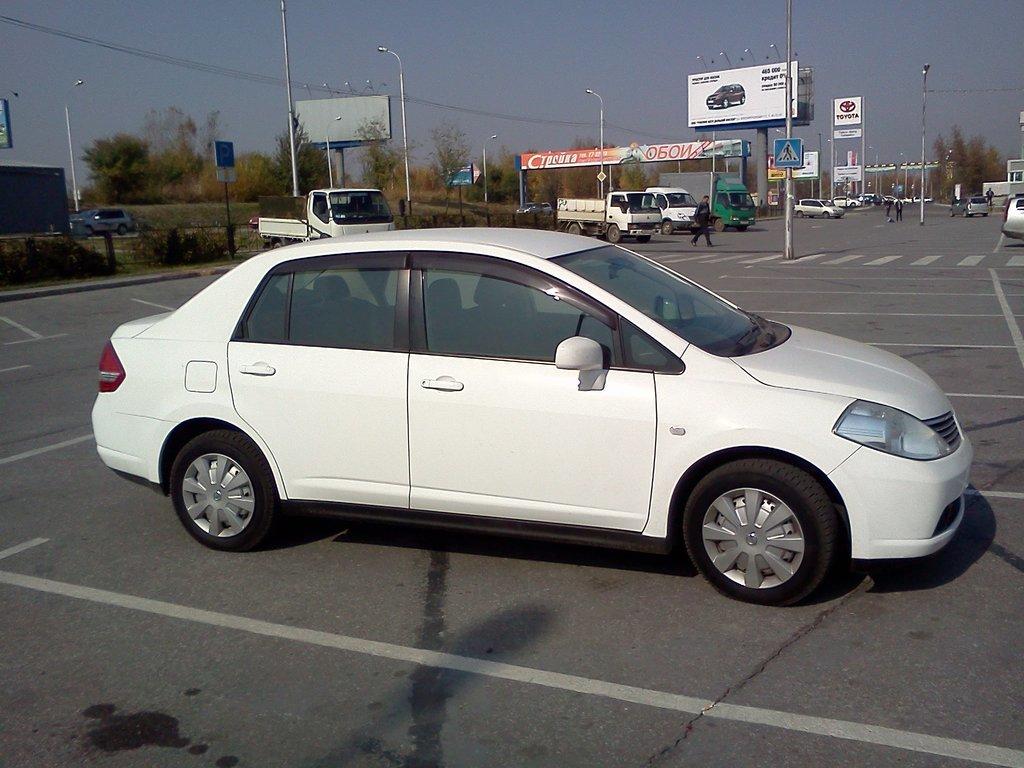 nissan tiida sedan, 2006 автомат отзывы