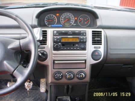Nissan X-Trail 2006 - отзыв владельца