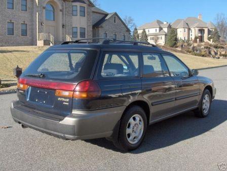 Subaru Outback 1998 - отзыв владельца