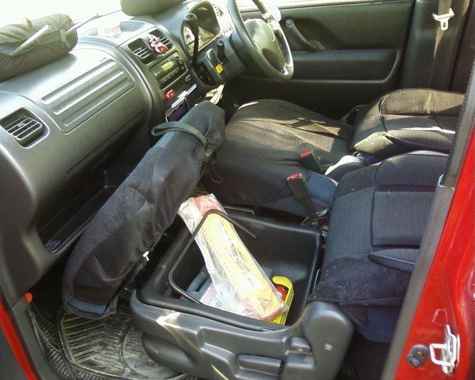 Suzuki Wagon R Solio.
