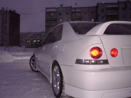 Toyota Altezza 2000 - отзыв владельца