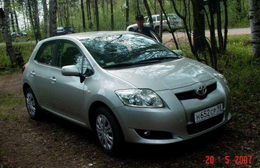 Toyota Auris 2007 - отзыв владельца