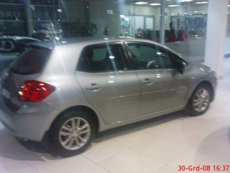 Toyota Auris 2008 - отзыв владельца