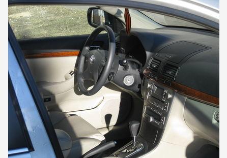 Toyota avensis 2008 отзыв владельца