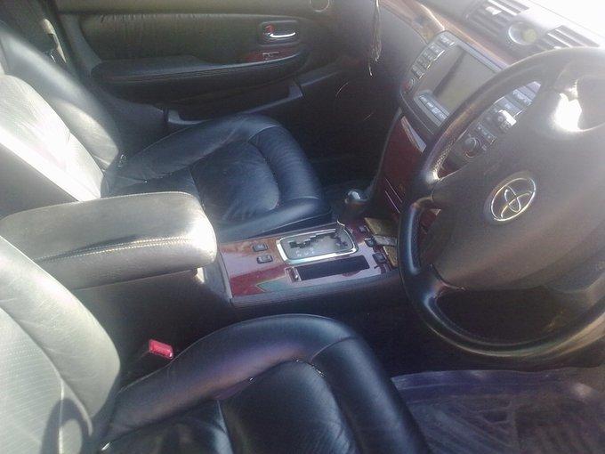 Toyota Brevis.