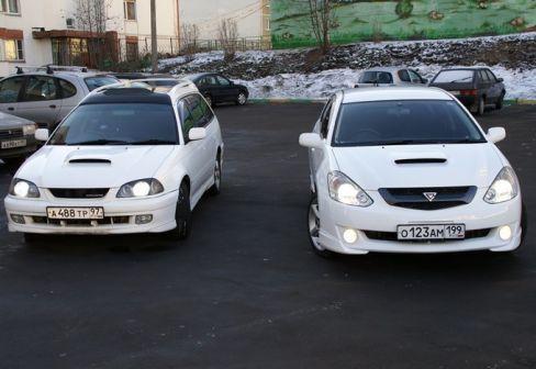 Toyota Caldina 2003 - отзыв владельца