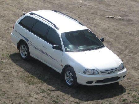 Toyota Caldina 2001 - отзыв владельца
