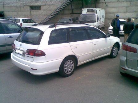 Toyota Caldina 2000 - отзыв владельца
