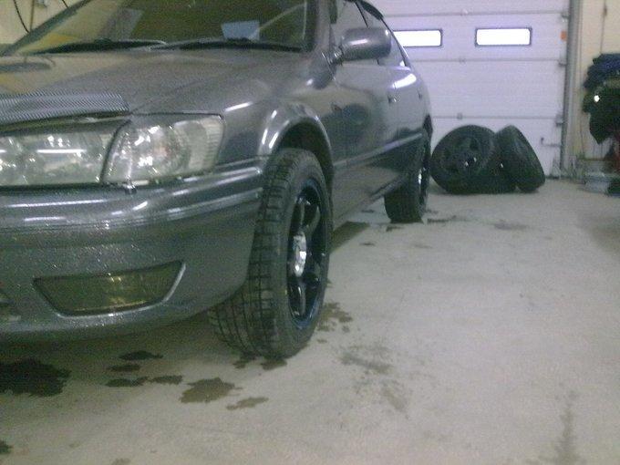 Toyota Camry Gracia.