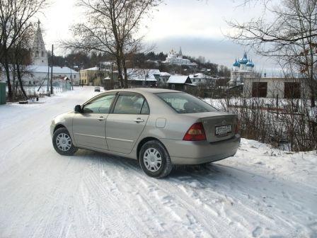 Toyota Corolla 2001 - отзыв владельца