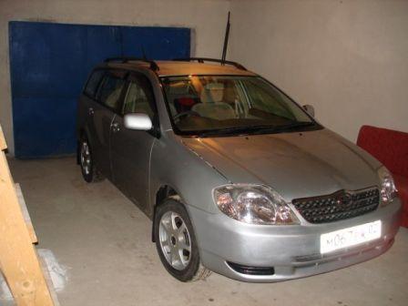 Toyota Corolla Fielder 2002 - отзыв владельца