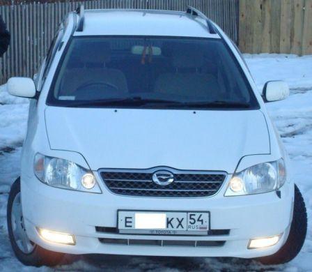 Toyota Corolla Fielder 2001 - отзыв владельца