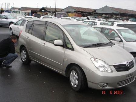 Toyota Corolla Spacio 2001 - ����� ���������