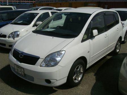 Toyota Corolla Spacio 2002 - отзыв владельца