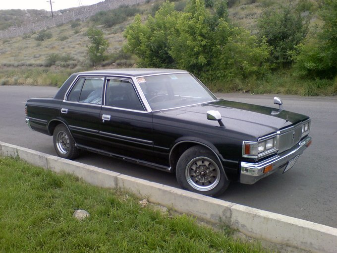 Toyota Crown.