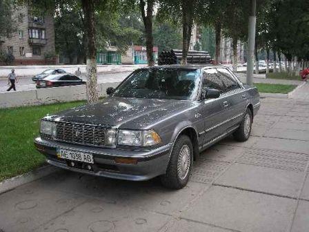 Toyota Crown 1991 - отзыв владельца