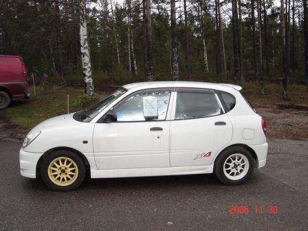 Toyota Duet 2000 - ����� ���������