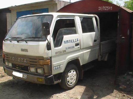 Toyota Dyna 1990 - отзыв владельца