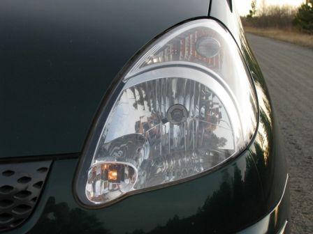 Toyota Funcargo 2002 - отзыв владельца