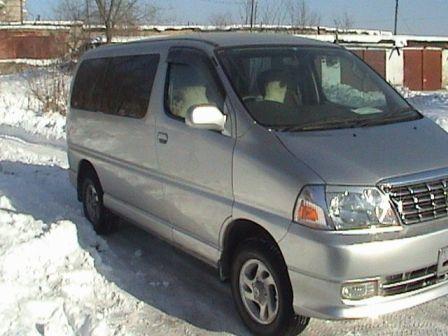 Toyota Grand Hiace 1999 - отзыв владельца
