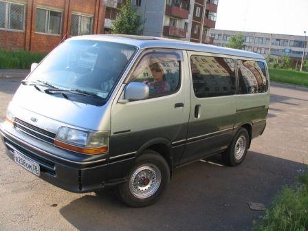 Toyota Hiace 1991 - отзыв владельца
