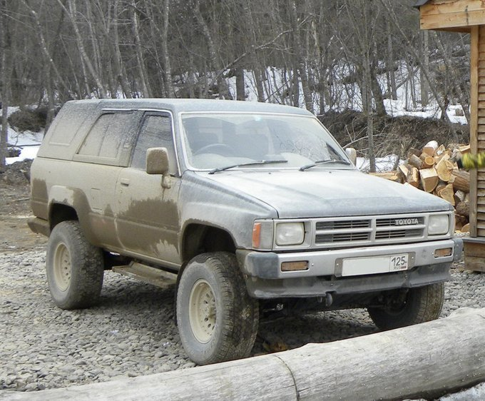 Toyota Hilux Surf.
