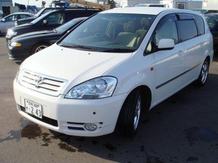 Toyota Ipsum  - отзыв владельца