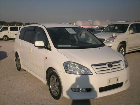 Toyota Ipsum 2003 - ����� ���������