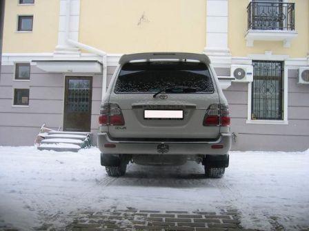 Toyota Land Cruiser 2004 - отзыв владельца