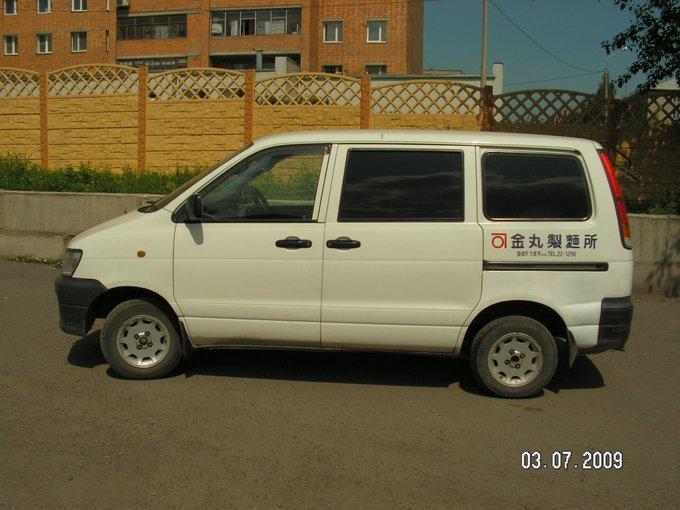 Toyota Lite Ace.