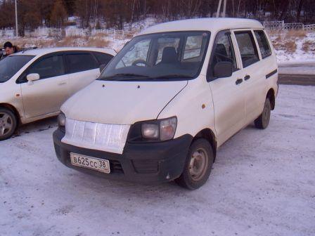 Toyota Lite Ace Noah 2002 - отзыв владельца