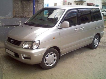 Toyota Lite Ace Noah 2000 - ����� ���������