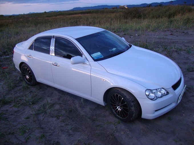 Toyota Mark X.