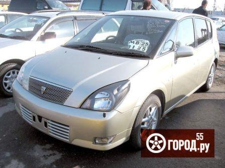 Toyota Opa 2002 - отзыв владельца