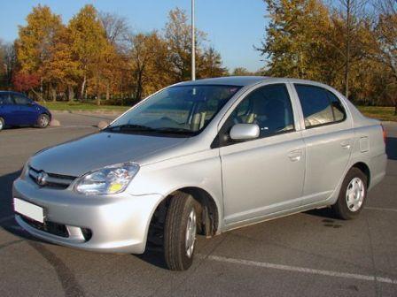 Toyota Platz 2004 - отзыв владельца