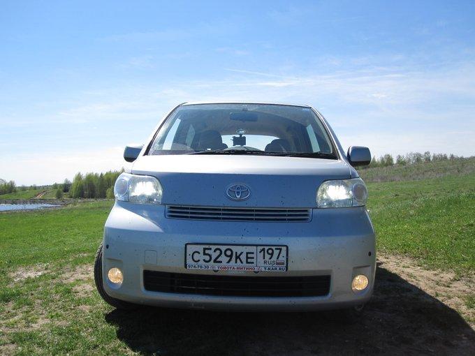 Toyota Porte.