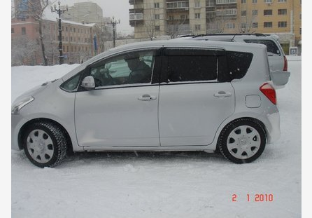 Toyota Ractis 2005 ����� ���������