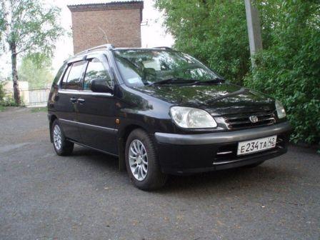 Toyota Raum 1998 - отзыв владельца