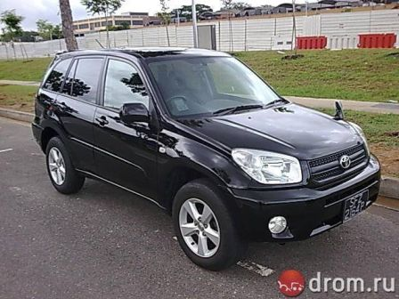 Toyota RAV4 2005 - отзыв владельца