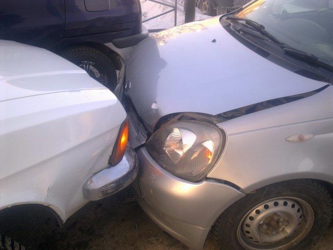 Toyota Vitz.