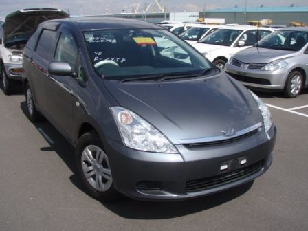 Toyota Wish 2003 - ����� ���������